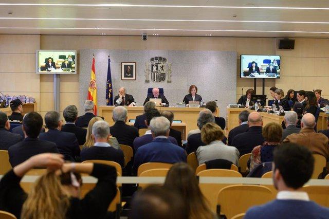 Vista general del juicio por la supuesta contratación irregular de una empresa de Gürtel para actos celebrados por la visita del papa Benedicto XVI a Valencia en 2006 que se celebra en la Audiencia Nacional este lunes. Está previsto que, entre la veintena