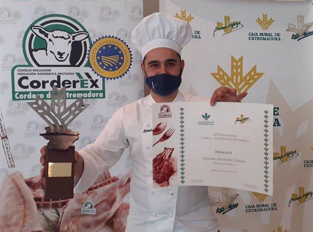 COMUNICADO: El chef Alejandro Hernández gana el XIII Premio Espiga Corderex-Caja Rural de Extremadura