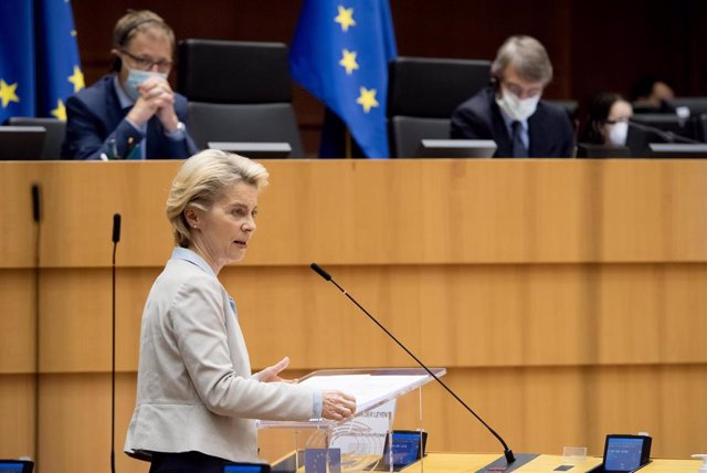 HANDOUT - 25 November 2020, Belgium, Brussels: European Commission President Ursula Von Der Leyen speaks during a plenary session debate at the European Parliament on the preparation for the next EU council and last Brexit developments. Photo: Etienne Ans