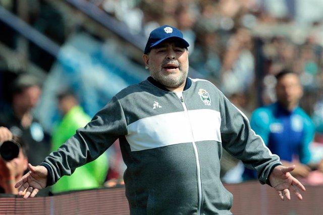 Maradona en su último trabajo como técnico