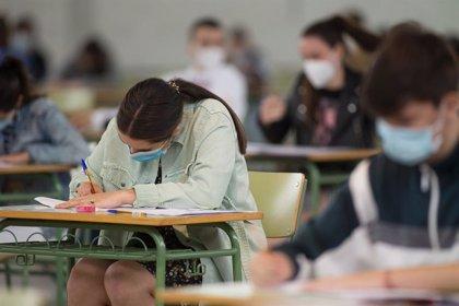 Descienden a 1.158 los casos en la comunidad educativa gallega, pero las aulas cerradas suben a 37