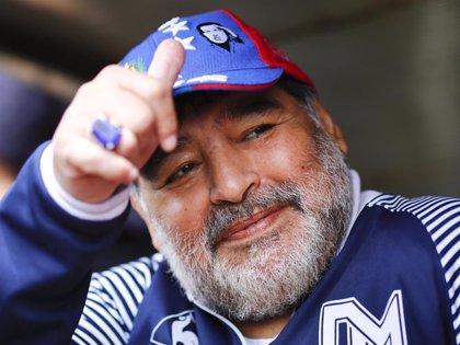 Maradona muere y nace la leyenda del fútbol