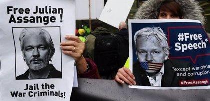 El Festival de Cine y Derechos Humanos de Barcelona estrenará un documental sobre Assange
