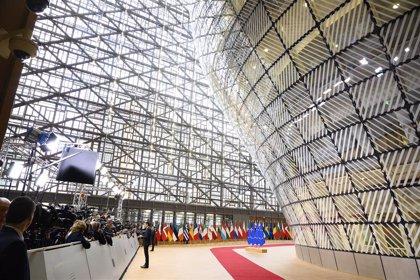 Bruselas pide a la UE reducir la dependencia del exterior para evitar escasez de medicamentos en crisis sanitarias