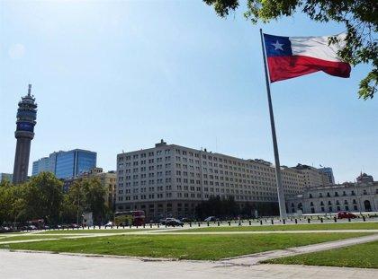 El Senado de Chile guarda un minuto de silencio por las víctimas de los feminicidios en 2020