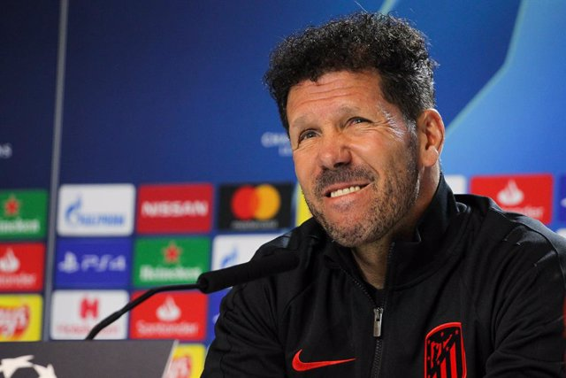 MADRID, SPAIN - JANUARY 17: Diego  Pablo Simeone, head coach of Atletico de Madrid  during press conference the day before the Champions League football match between Atletico de Madrid and Liverpool at Wanda Metropolitano on January 17, 2020 in Madrid, S