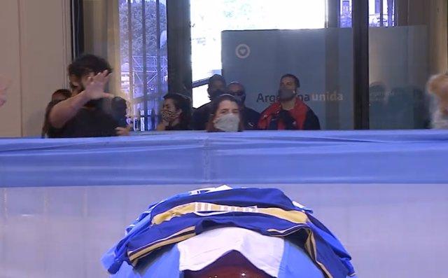 Maradona es velado en la Casa Rosada