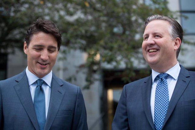 El primer ministro de Canadá, Justin Trudeau, y el alcalde de la ciudad de Vancouver, Kennedy Stewart.