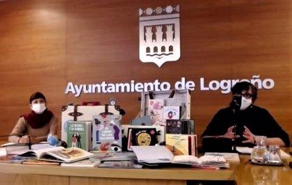 Dos 'maletas lectoras' llevarán 60 libros y material didáctico de la Rafael Azcona a centros escolares o familias