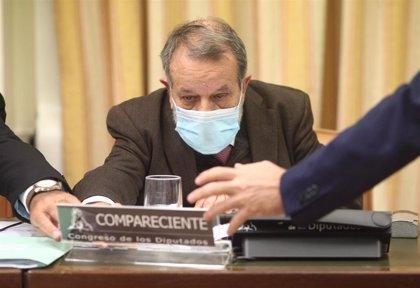 El Defensor del Pueblo pide reforzar la AP y la atención hospitalaria y terminar con la precariedad de los sanitarios