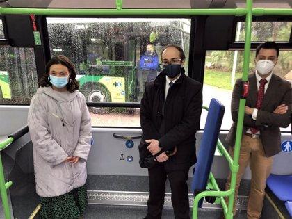 Tres nuevos autobuses urbanos accesibles y menos contaminantes se suman desde este jueves a la flota de Ciudad Real