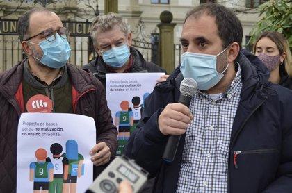 """A Mesa y entidades de la comunidad educativa reclaman """"diálogo"""" a la Xunta para avanzar en la normalización del gallego"""
