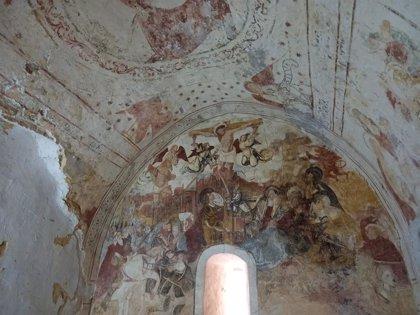 Cs pide la restauración de las pinturas murales de las iglesias románicas de Restiello y Santa María de las Villas