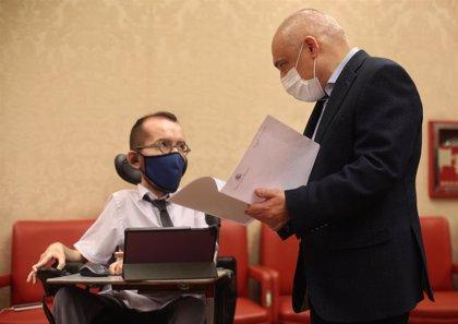 """Echenique avisa a Ayuso de que tendrá que asumir el fin de su """"paraíso fiscal"""", aunque el PP suela """"incumplir la ley"""""""