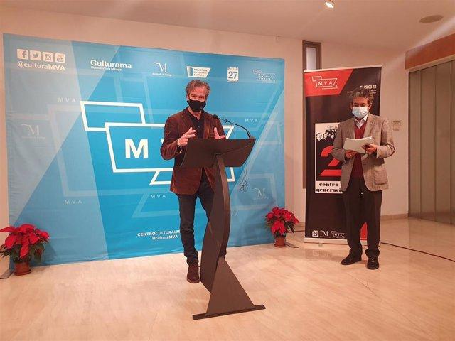 El diputado de Cultura, Víctor González, durante el fallo del jurado del Premio Internacional de Poesía Emilio Prados