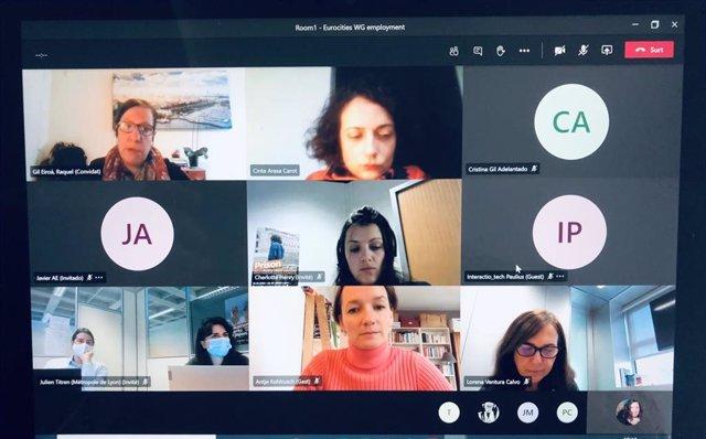 La comisionada Raquel Gil ha participado este jueves en un congreso virtual, organizado desde Lyon, para debatir el futuro del sector de las cuidados, y en el que se ha compartido la experiencia de un proyecto de Barcelona Activa