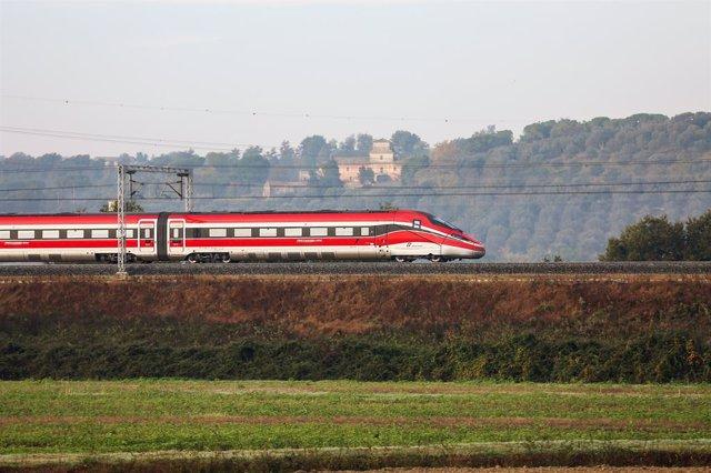 Tren con el que Ilsa-Trenitalia darán servicio AVE en España