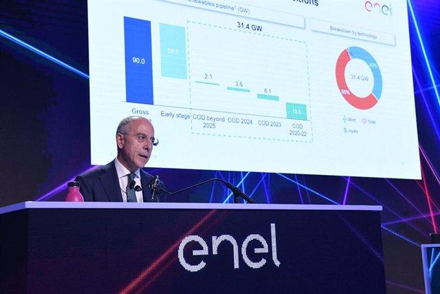 Francesco Starace, CEO de Enel, en la presentación del plan estratégico 2019