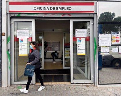 Los gestores administrativos alertan de la suspensión de ayudas por maternidad en caso de ERTE