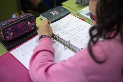 Descienden a 1.147 los casos en la comunidad educativa gallega aunque aumentan a 42 las aulas cerradas