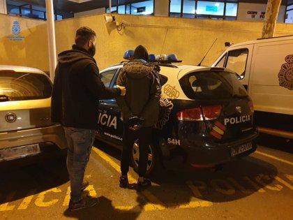 La Policía Nacional detiene a tres hombres por diversos robos en establecimientos de Palma