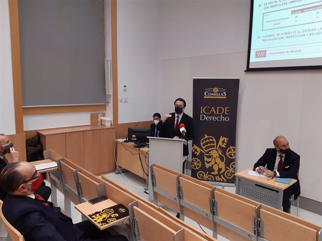 El consejero de Hacienda y Función Pública de la Comunidad de Madrid, Javier Fernández-Lasquetty, en una jornada en ICADE