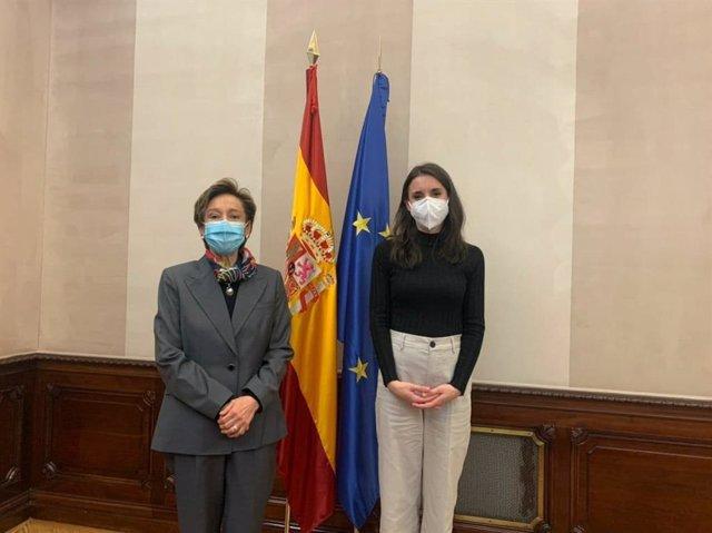 La ministra de Igualdad, Irene Montero, se reune con la embajadora de México María Carmen Oñate
