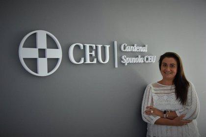"""Profesora de Cardenal Spínola CEU de Sevilla ve """"imprescindible orientar"""" a los alumnos en la adaptación por el Covid"""