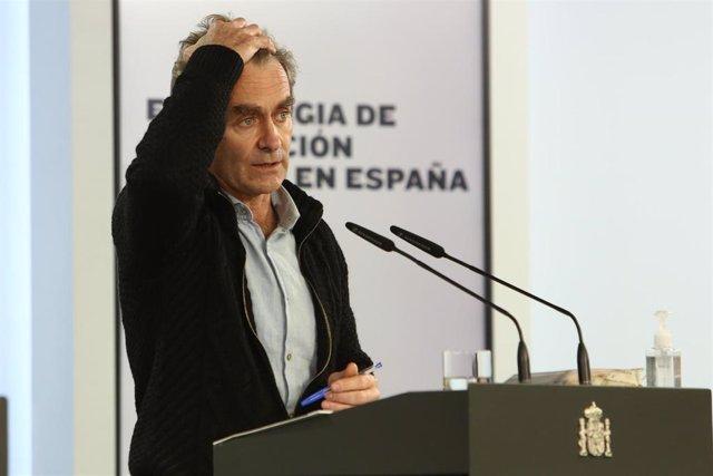 El director del Centro de Coordinación de Alertas y Emergencias Sanitarias (CCAES), Fernando Simón, ofrece una rueda de prensa para informar sobre la evolución de la pandemia de coronavirus, en el Complejo de Moncloa, Madrid (España), a 23 de noviembre de