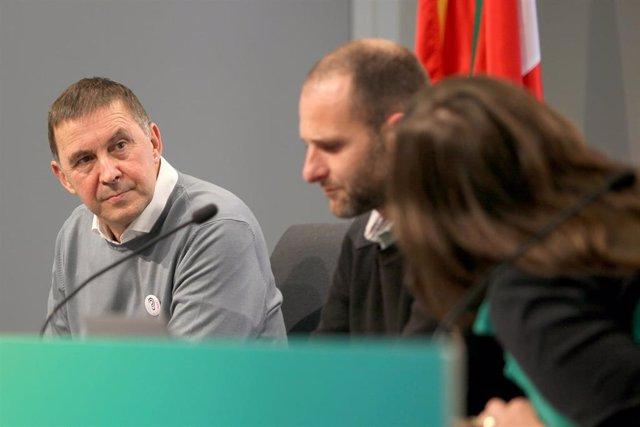 El coordinador general de EH Bildu, Arnaldo Otegi, durante la celebración de una asamblea extraordinaria convocada para ratificar el apoyo de la formación abertzale a los Presupuestos Generales del Estado 2021