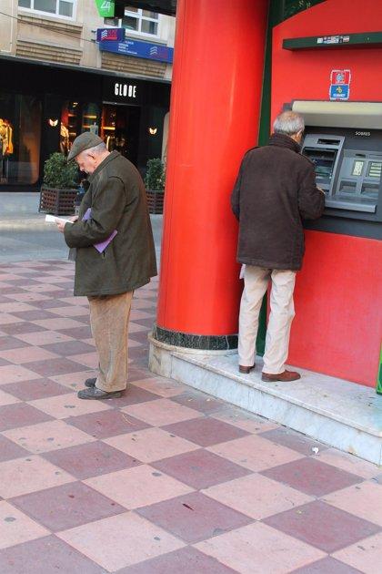 Alertan de que el 5,2% de la población de C-LM no tendrá acceso al dinero en efectivo en 2025