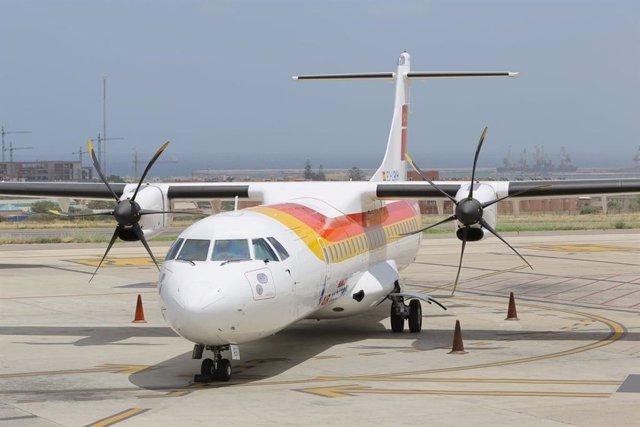 Avión de Air Nostrum que presta el servicio desde Melilla.