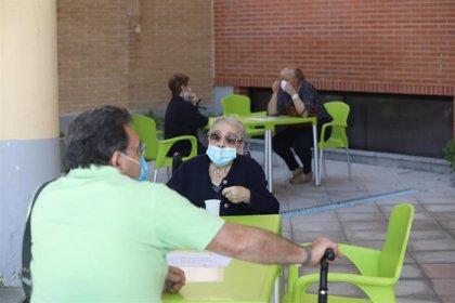Familiares podrán visitar a los residentes hasta 3 veces por semana una hora dependiendo del nivel de riesgo e inmunidad