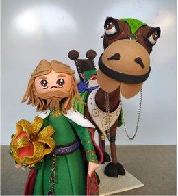 Figura de rey mago realizada con goma eva