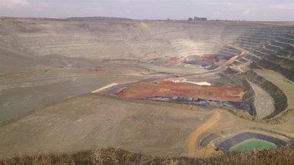 Los sindicatos se reúnen con los alcaldes de la mina Cobre las Cruces para impulsar el futuro proyecto subterráneo
