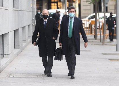 """Fernández Díaz solicita al juez de 'Kitchen' que cite al perito que afirmó que los 'SMS' están """"manipulados"""""""