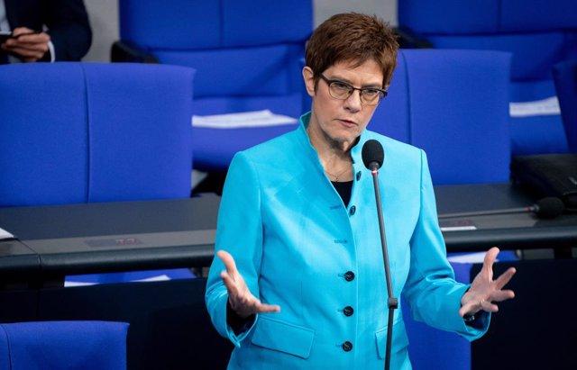 La ministra de Defensa alemana, Annegret Kramp-Karrenbauer.