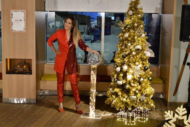 Gisela enciende la Navidad en intu Xanadú