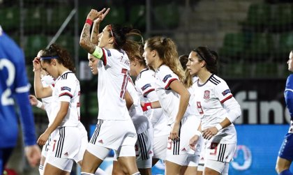 España repite goleada ante Moldavia y acaricia la Eurocopa femenina