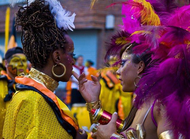 Imagen de archivo de un desfile del Carnaval de Montevideo, ahora suspendido por la pandemia.