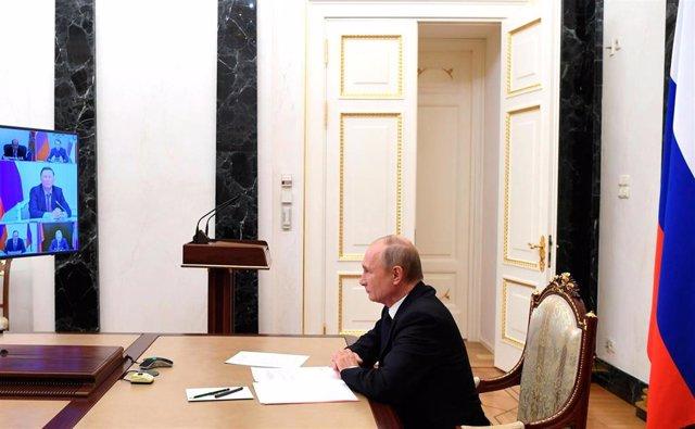 Putin en una videoconferencia con miembros del Consejo de Seguridad Nacional de Rusia
