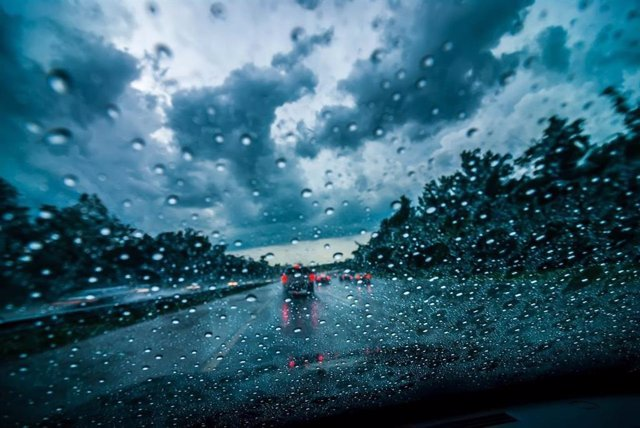Pluges en les carreteres