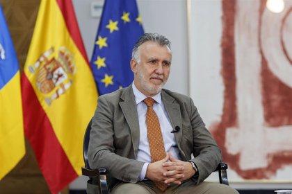 """El presidente canario cree que Europa """"ha fallado"""" con la inmigración y advierte que Canarias tiene """"límites"""""""