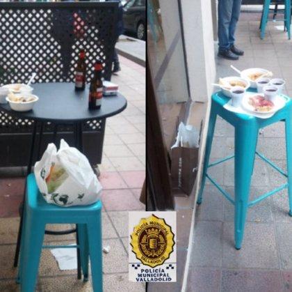 Denunciado un bar en Valladolid por dispensar bebidas alcohólicas para consumir en una terraza improvisada