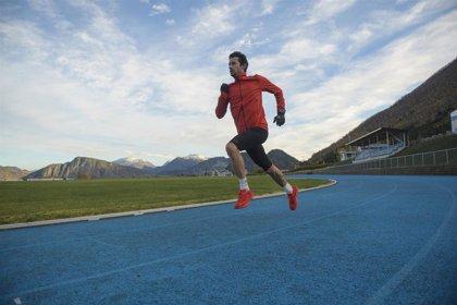 Kilian Jornet abandona el intento de récord en pista en el reto 'Phantasm 24'