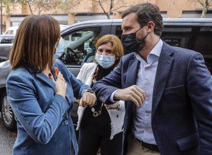 """Casado reivindica un """"trilingüismo cordial"""" sin """"trampas"""" ni """"ingeniería social"""" para """"escolarizar en valenciano"""""""