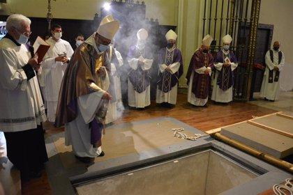 """El presidente de la CEE resalta la disposición de monseñor Milián para """"ayudar a todos"""""""