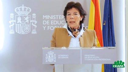 """Celaá dice que la LOMLOE intenta solucionar las """"debilidades"""" del sistema educativo"""