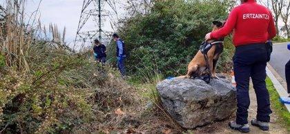 Ertzaintza mantiene la búsqueda de restos humanos en el monte Rontegi de Barakaldo tras una jornada sin novedades