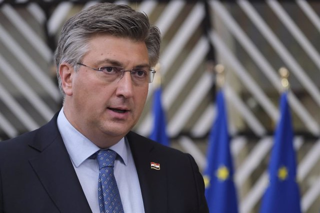 HANDOUT - 15 October 2020, Belgium, Brussels: Croatian Prime Minister Andrej Plenkovic speaks to media as he arrives to attend a two days European Council summit focusing on Brexit negotiations. Photo: Alexandros Michailidis/European Council/dpa - ATTENTI